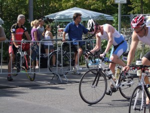 Changing onto the bike at the Cologne226halt triathlon